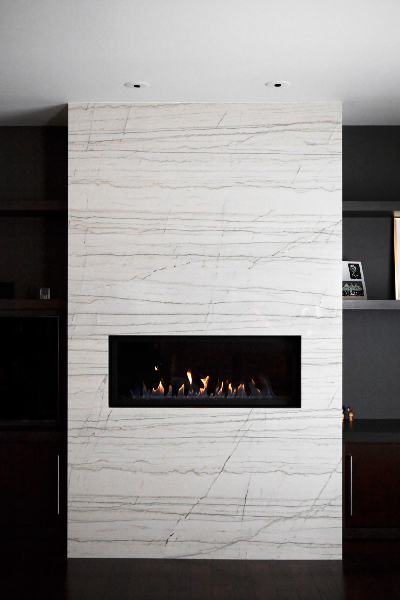 white-macubus-fire-place